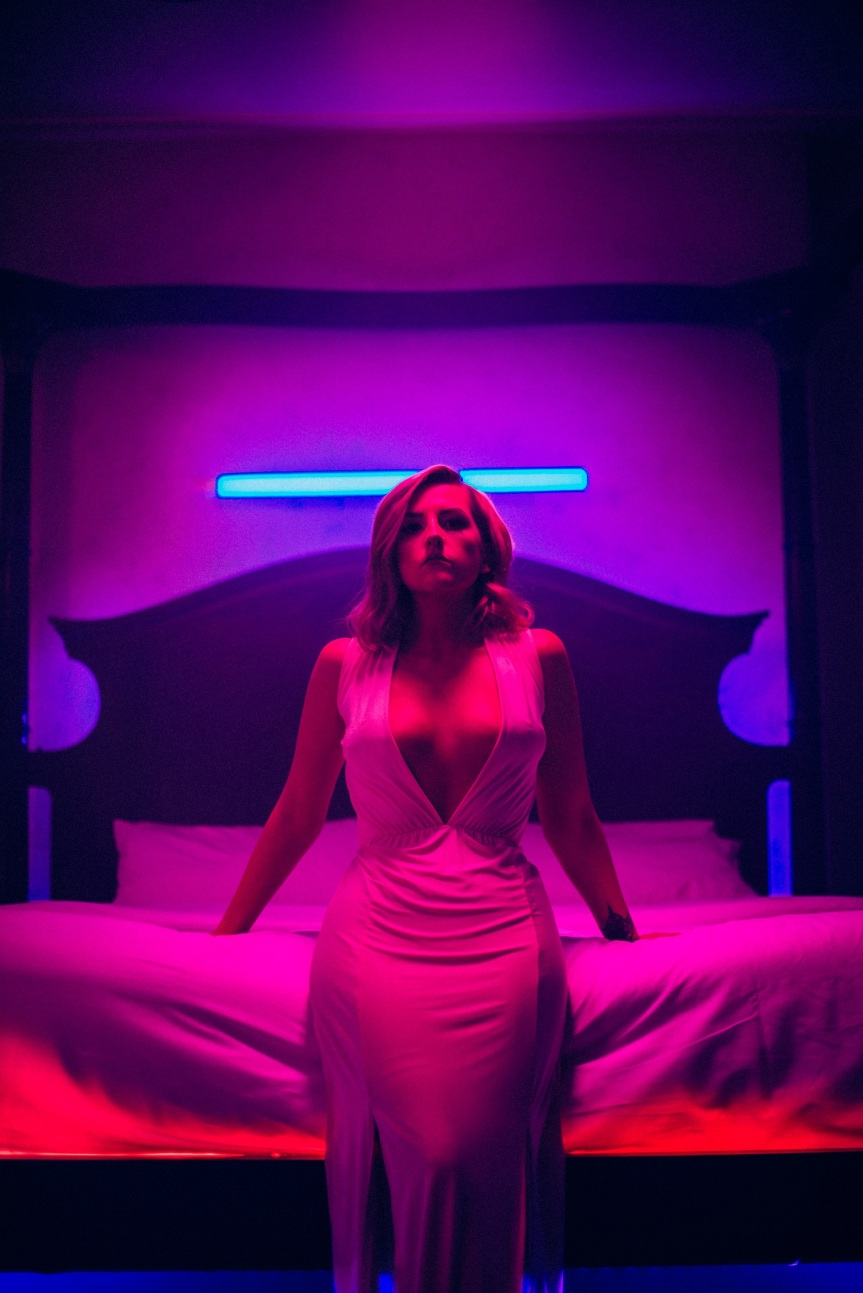 LAOISE Collaborates with Christian Tierney on New Music Video 'Rich'